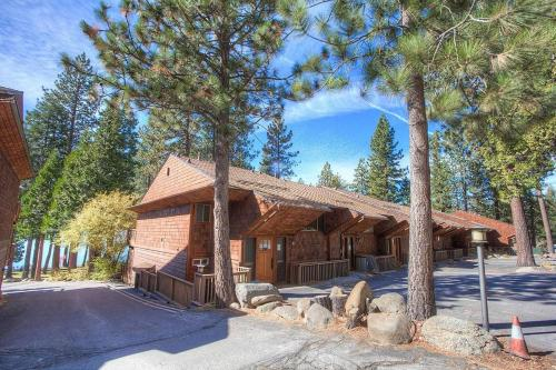 Shore View Serenity by Lake Tahoe Accommodations - Hotel - Kings Beach
