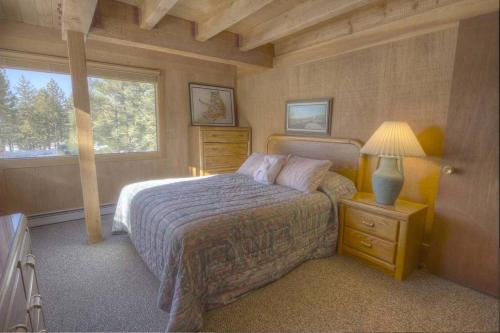 Woodys Clubhouse by Lake Tahoe Accommodations Main image 1