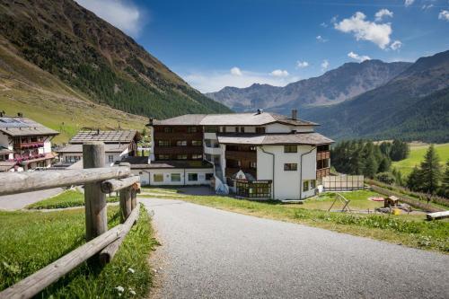 Sporthotel Kurzras - Hotel - Maso Corto