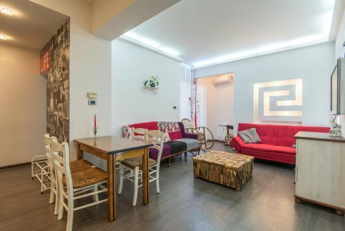 Top Center Apartment next to Vitosha Boulevard