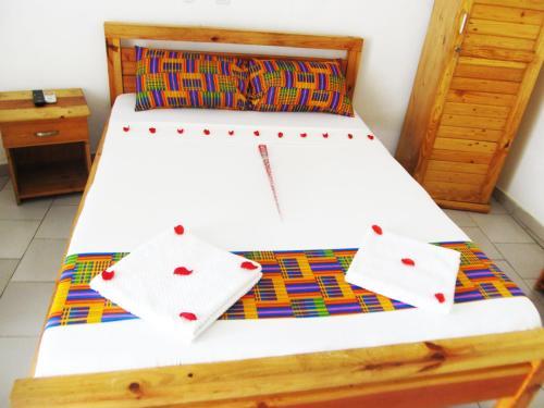 Imans Hotel Dabou, Grands Ponts