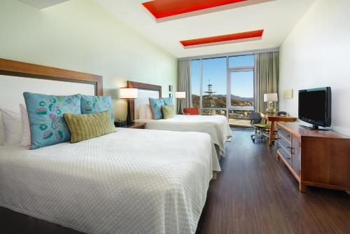 Two Queen Beds Executive Studio