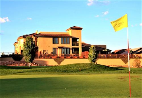 . Highlands Resort at Verde Ridge