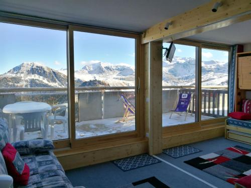 . Apartment with one bedroom in La Plagne Aime 2000 with wonderful mountain view and furnished terrace 50 m from the slopes