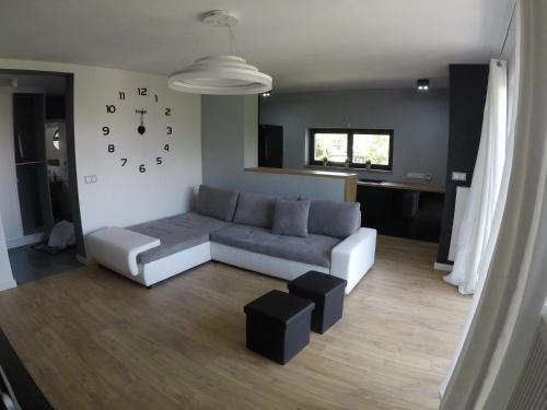 Wola Modern Apartments Black&White