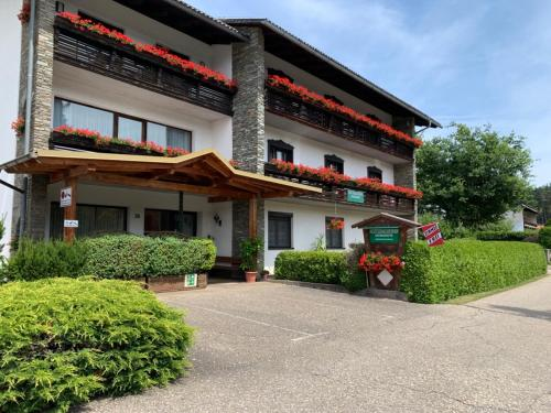 Keutschacherhof, Pension in Keutschach am See
