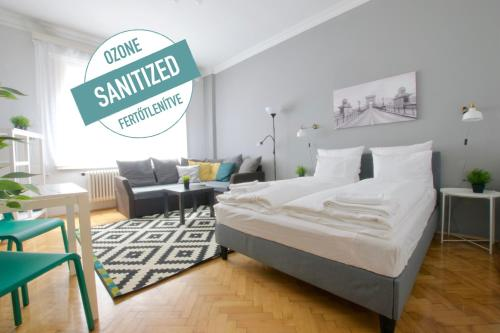 Standard Apartment by Hi5 - Asbóth 15, Pension in Budapest