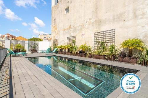 Whome   Chalet Estoril Luxury Apartments