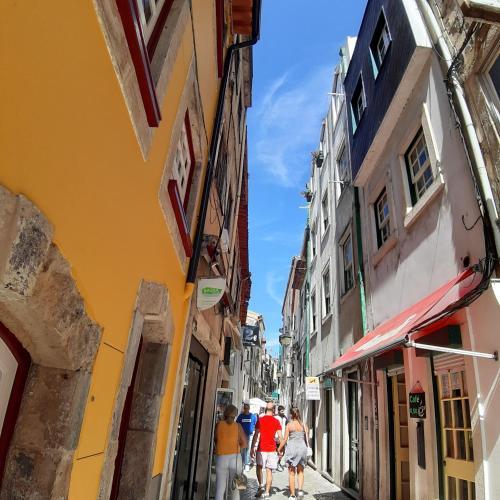FUNNY COSY FLAT T&C, 3000-244 Coimbra