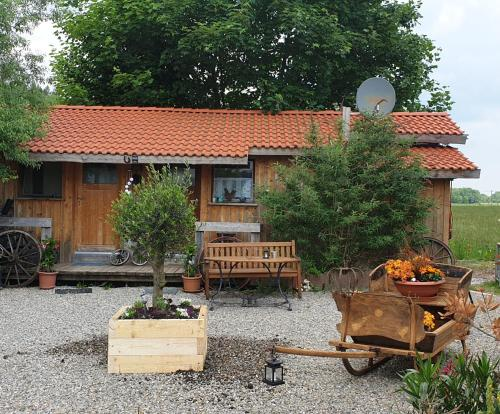 Chrom Ranch Reiterhof - Accommodation - Memmingen