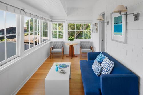 Hillside Cottage Suite