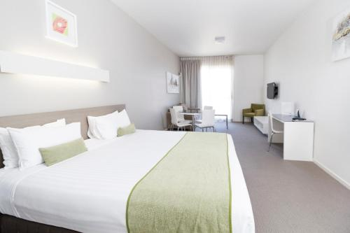 Accommodation in Mona Vale