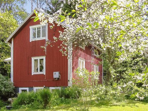 . Holiday Home Archipelago red cottage - former elsas st
