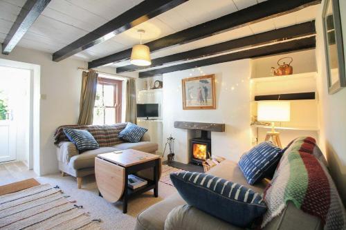 Sunnyside Cottage, Scorrier, Cornwall
