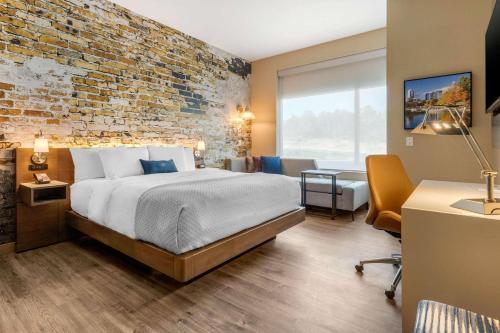. Cambria Hotel Fort Mill