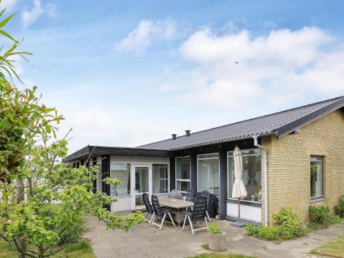 Two-Bedroom Holiday home in Ebeltoft 18, Ferienwohnung in Skagen