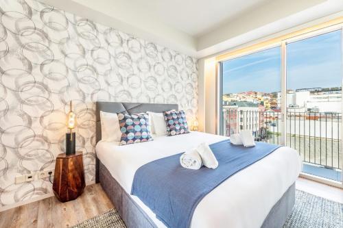 GuestReady - Mid-Century Apartment near Cais do Sodré - image 5
