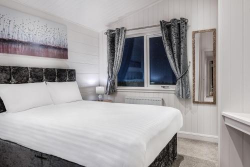 Silverwood Luxury Lodges & Bistro Barn - Accommodation - Perth