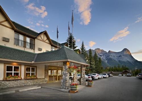 . Coast Canmore Hotel & Conference Centre