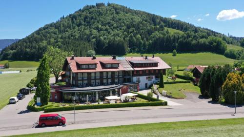 Hotel Evviva - Accommodation - Oberstaufen