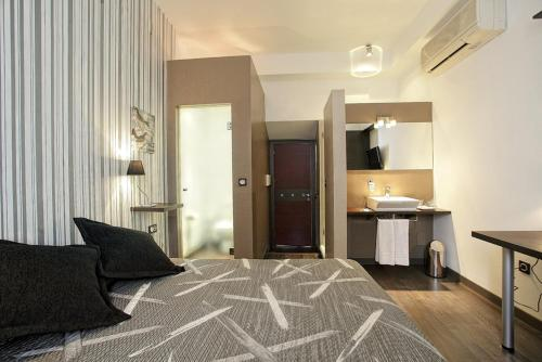 Double or Twin Room Alvaro de Torres Boutique 6