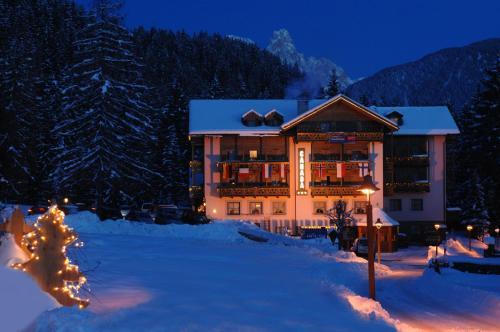 . Hotel Canada