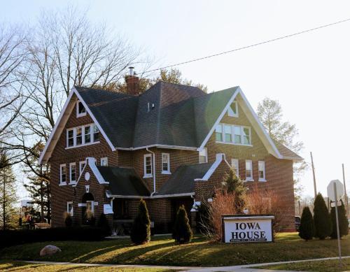 Iowa House Historic Inn