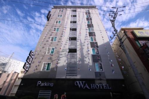 . WA Hotel