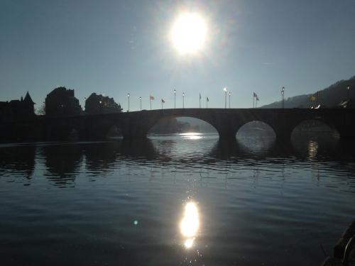 La Valse Lente, Pension in Namur