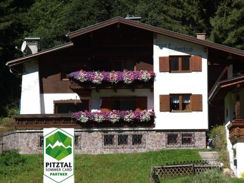 Haus Hubertus 4361156 St. Leonhard / Pitztal