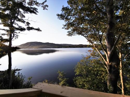 Knotty Pine Cottages Ocean Front Cabin - Adults Only No Pet - Ingonish Beach, NS B0C 1L0