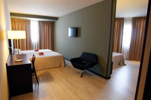 Habitación Familiar Hotel Torre de Núñez 7