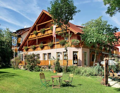 . Land- und Aktivhotel Altmühlaue