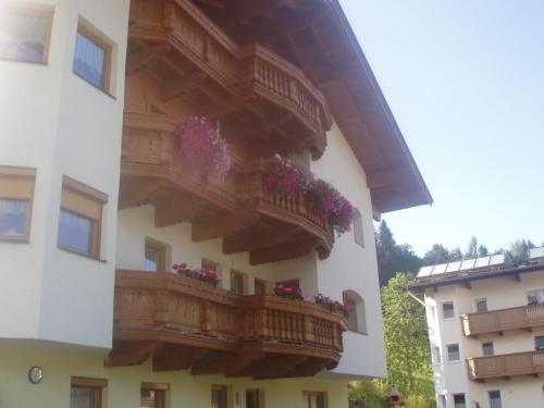 Ferienwohnung Wohlfartstätter - Apartment - Auffach