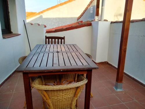 . Apartment with 2 bedrooms in San Martin de Valdeiglesias with wonderful mountain view and furnished terrace