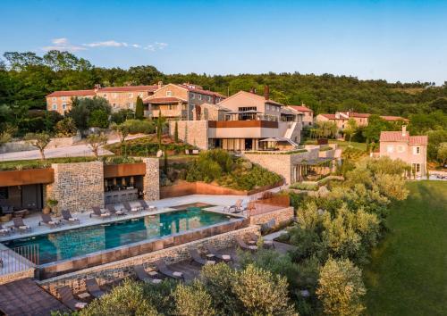. San Canzian Village & Hotel
