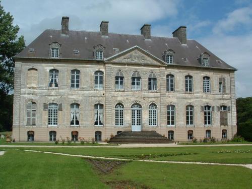 . Château de Couin