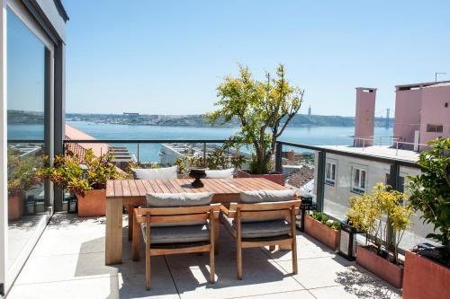 Portuguese Living Chiado Penthouse