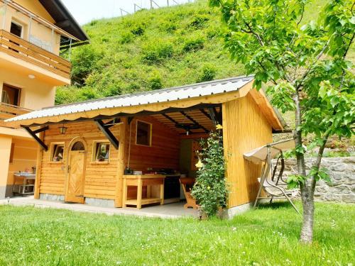 Apartment among the mountains - Podbrdo