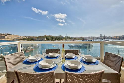 . Exceptional Tigne Seafront