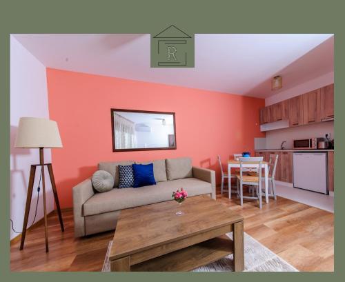 Rebus Apartments