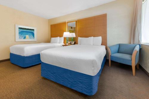 La Quinta Inn by Wyndham Ft. Lauderdale Northeast - image 7