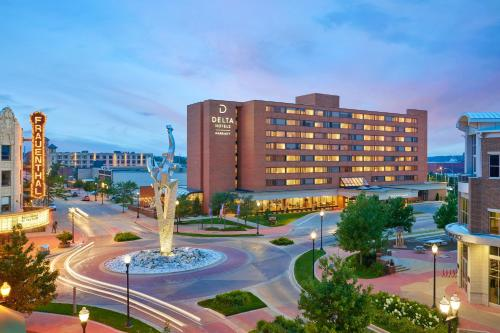 . Delta Hotels by Marriott Muskegon Lakeshore Convention Center
