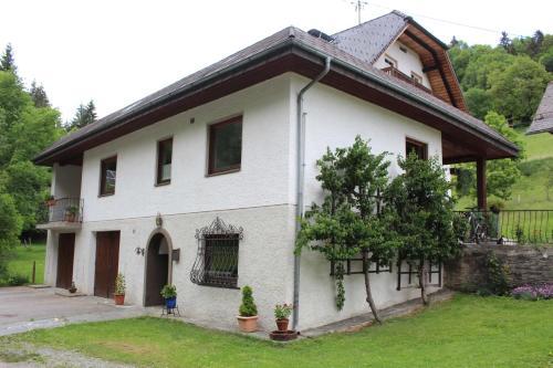 Haus Grubmühle, Pension in Feldkirchen in Kärnten bei Krumpendorf am Wörthersee