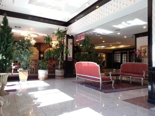 Rotex Hotel - Los Angeles, CA 90019