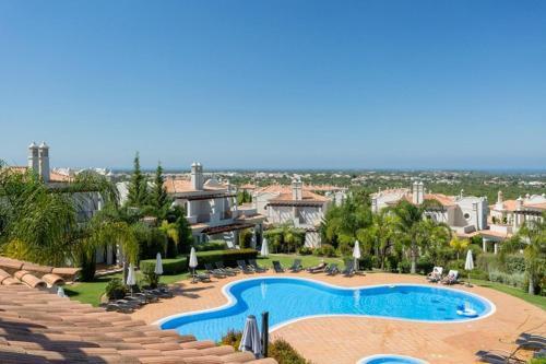 Almancil Villa Sleeps 10 Air Con Wifi