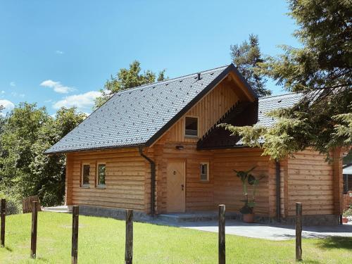 Log House Natura
