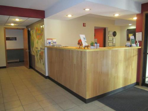 Americas Best Value Inn Sauk Centre - Sauk Centre, MN 56378