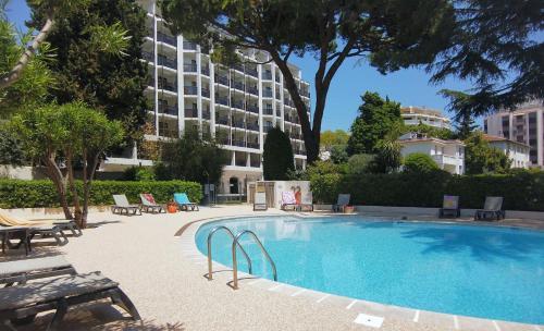 Résidence Residéal Premium Cannes - Hôtel - Cannes