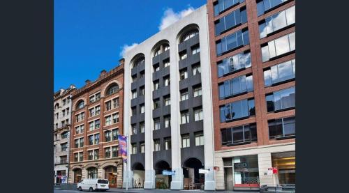 Eclusive penthouse - Sydney CBD - image 2